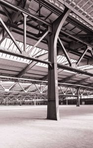 Stahlstützenkonstruktion im ehemaligen Güterbahnhof