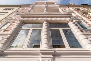 Fassade mit zahlreichen Strukturdetails