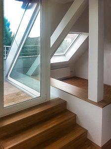 Dachgeschossausbau mit Zugang zur Dachterrasse